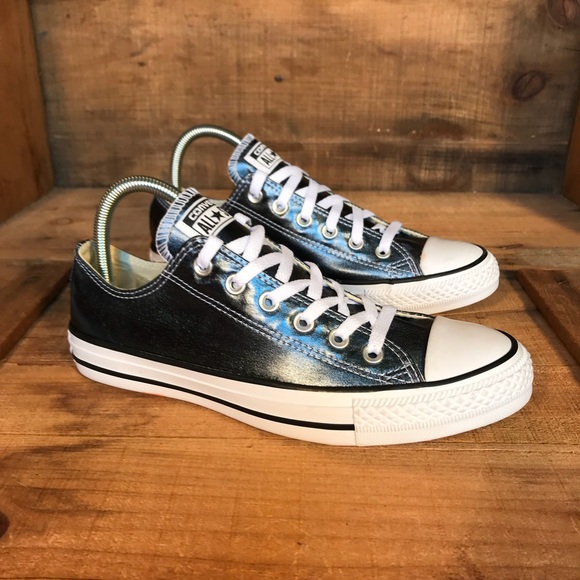 converse metallic blue
